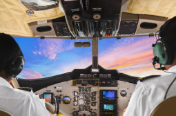 How to Become an Airline or Commercial Pilot